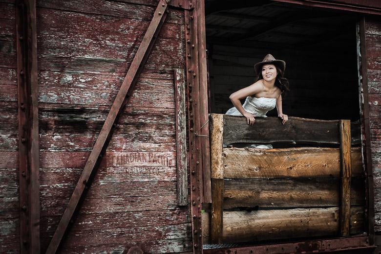 Bridal Portrait: 2-nd Place by Jackie Au (Jackie Au Photography)