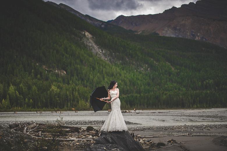 Bridal Portrait: 2-nd Place by Carey Nash (Carey Nash Photography)