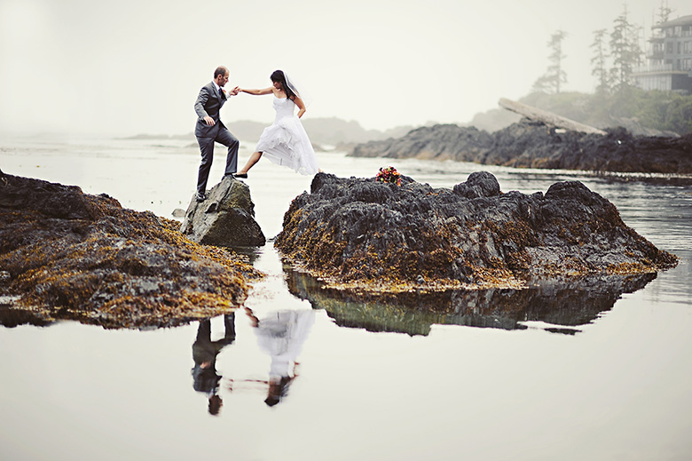Bride and Groom Portrait: 4-th Place by Erin Wallis (ERIN WALLIS PHOTOGRAPHY)