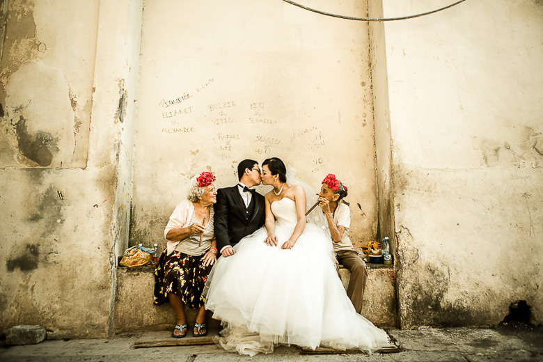 Bride and Groom Portrait: 6-th Place by Robin Zhang (F29 Studio)