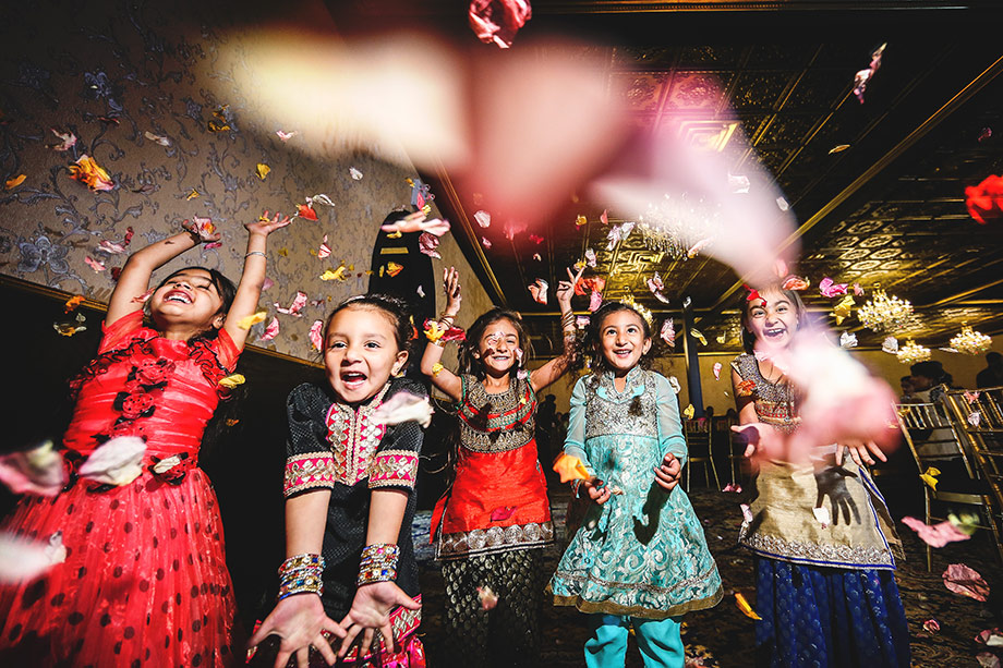 Kids Being Kids: 11-th Place by Kenneth Soong (Just Married Photography)