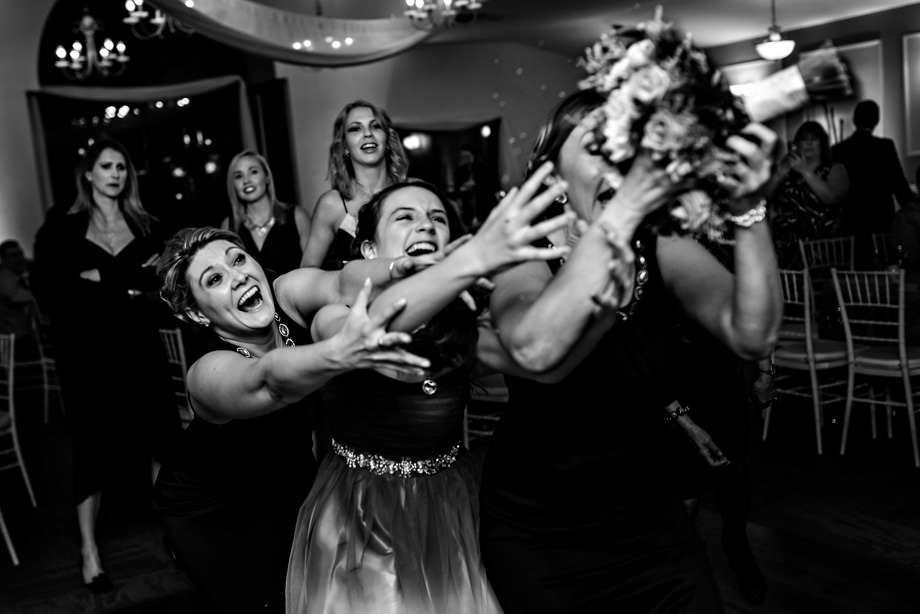 Bouquet / Garter Toss: 2-nd Place by Curtis Moore (Moore Photography)