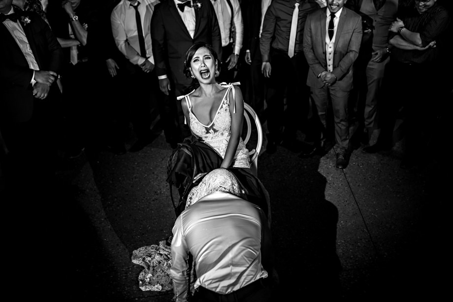 Bouquet / Garter Toss: 4-th Place by Curtis Moore (Moore Photography)