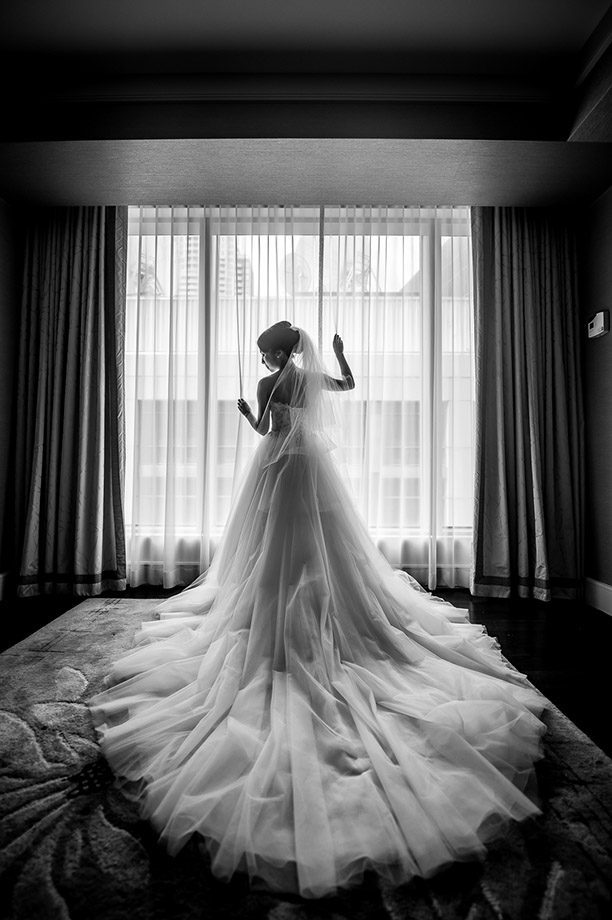 The Wedding Dress: 6-th Place by John Park (John and Veronica Photography Inc.)