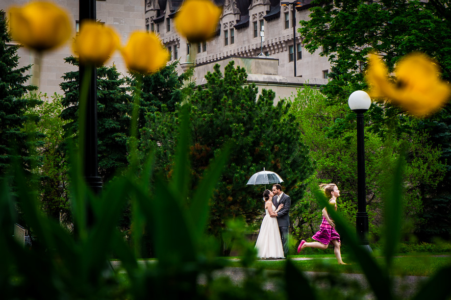 Kids Being Kids: 6-th Place by Mathieu Louis-Seize (Green Tea Photography (Mathieu Louis-Seize))