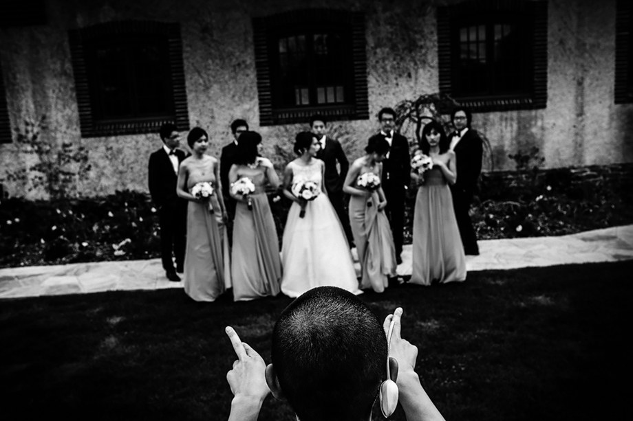 Bridal Party Portrait: 9-th Place by Cafa Liu (CAFAPHOTO)