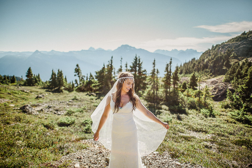Bridal Portrait: 7-th Place by Erin Wallis (ERIN WALLIS PHOTOGRAPHY)