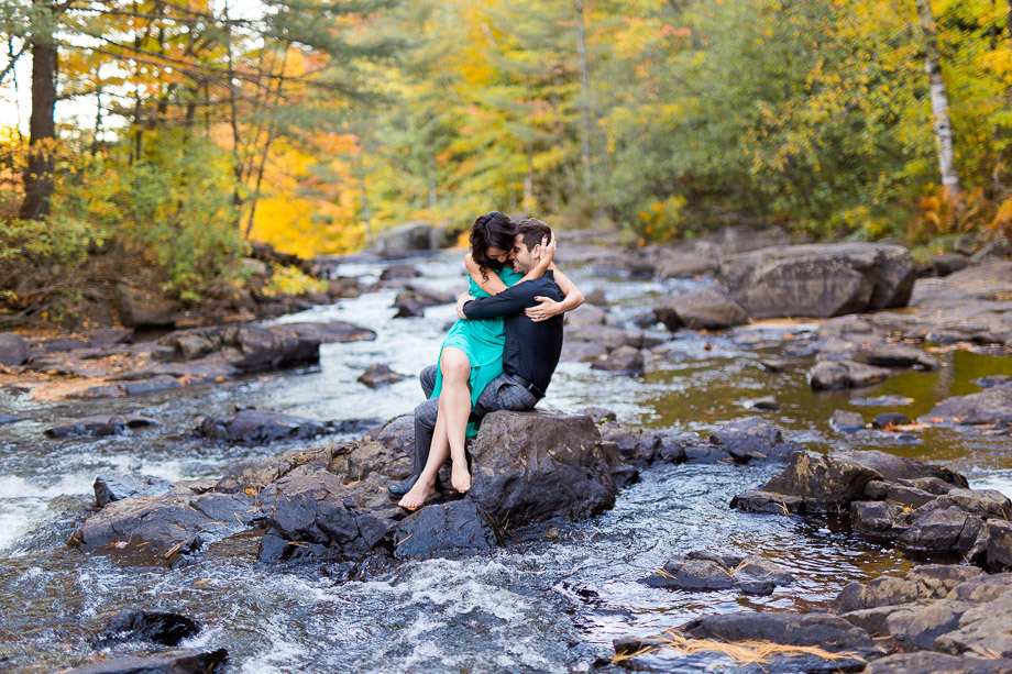 Engagement Portrait: 11-th Place by Sophie Asselin (Sophie Asselin photographe)