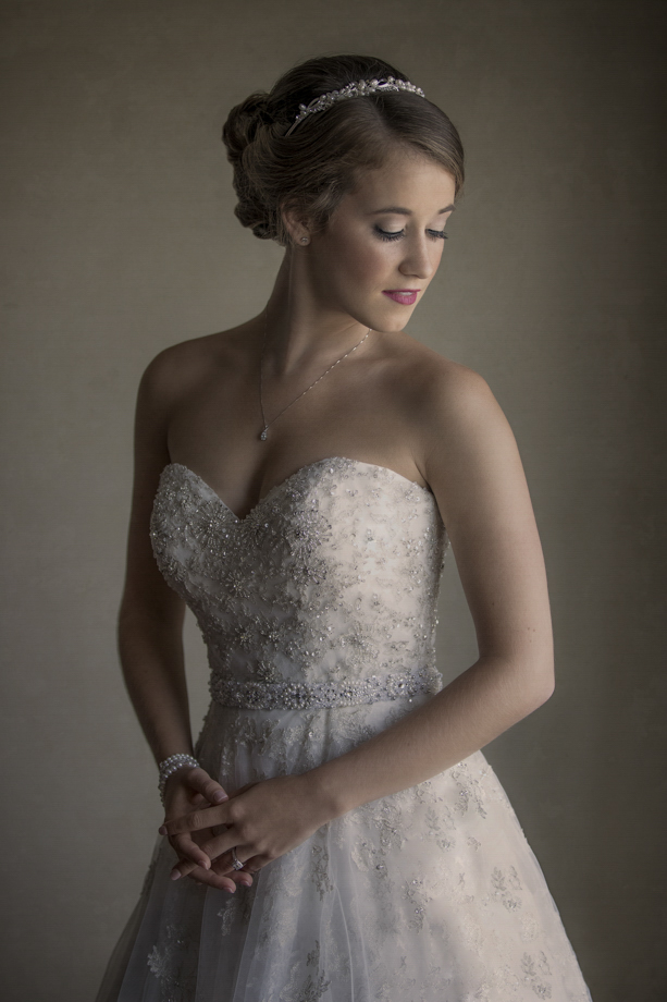 Bridal Portrait: 5-th Place by ANDREW HIORTH (MPSG WEDDINGS)