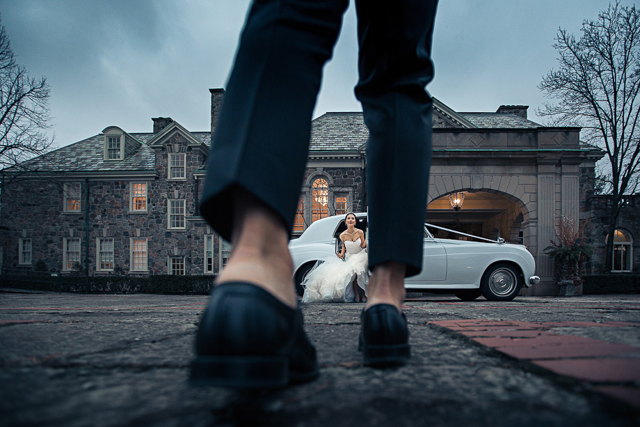 Bride and Groom Portrait: 12-th Place by Polk Liang (AGI Studio)