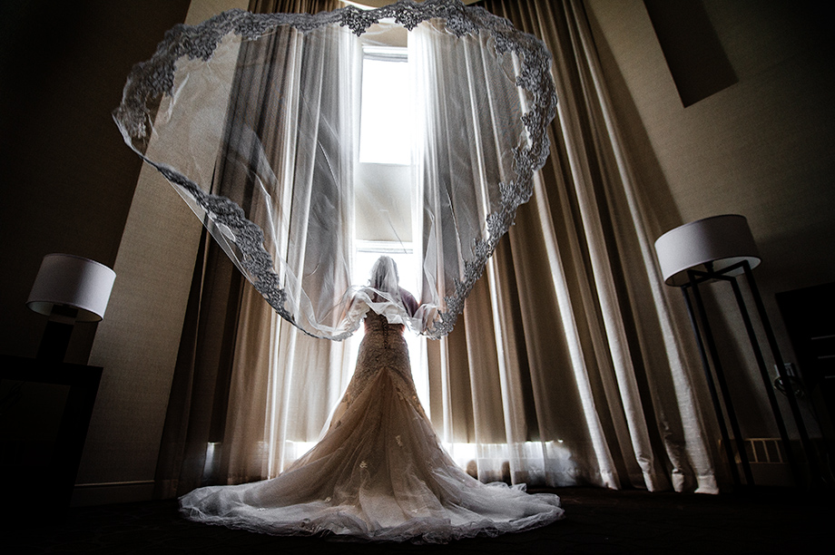 The Wedding Dress: 4-th Place by Marcin Karpowicz (B.D.F.K. Photography (Marcin Karpowicz))