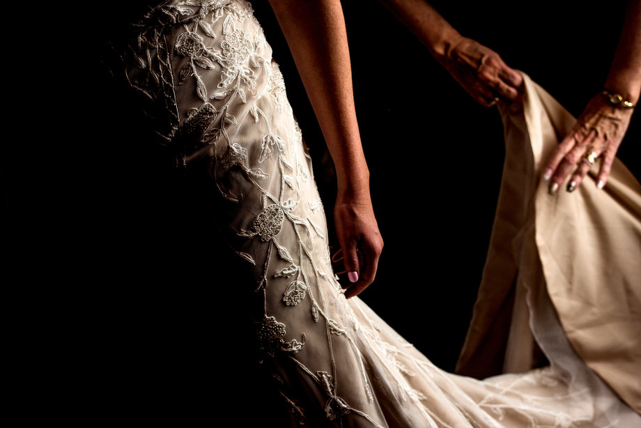 The Wedding Dress: 14-th Place by Sean LeBlanc (Sean LeBlanc Photography)