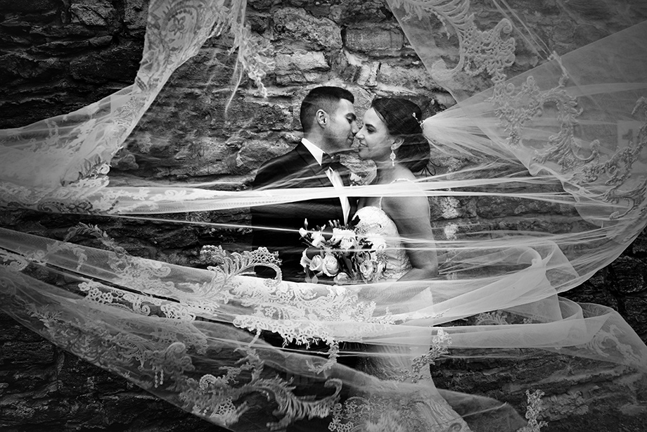 Bride and Groom Portrait: 6-th Place by Adeline Leonti (Avant Garde Studio)
