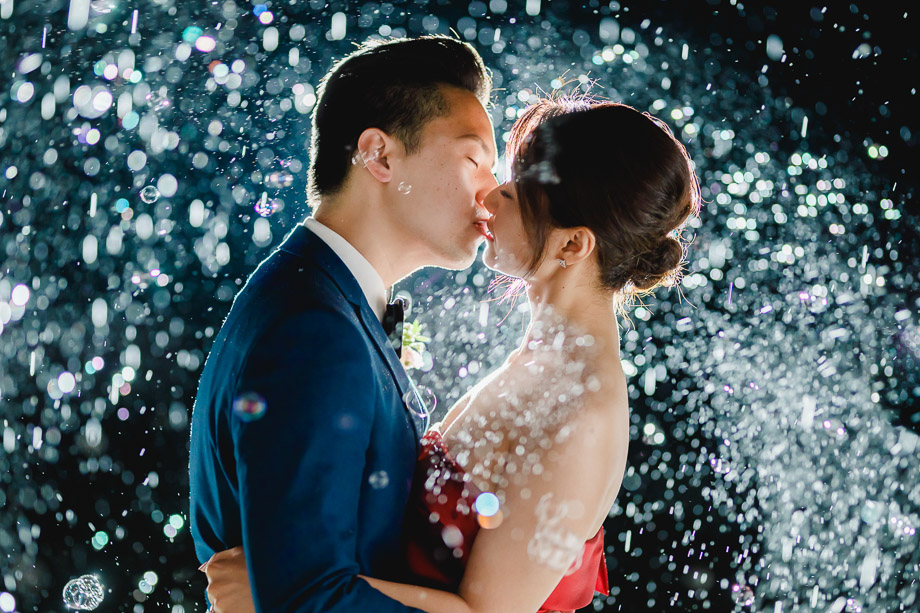 Bride and Groom Portrait: 7-th Place by Robin Zhang (F29 Studio)