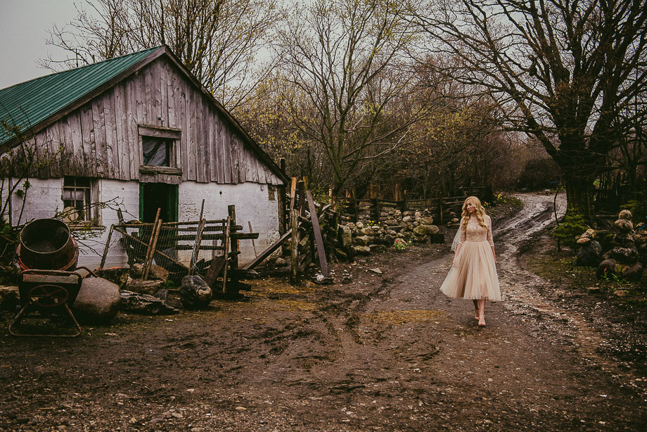 Bridal Portrait: 10-th Place by Frances Morency (Frances Morency Photography)