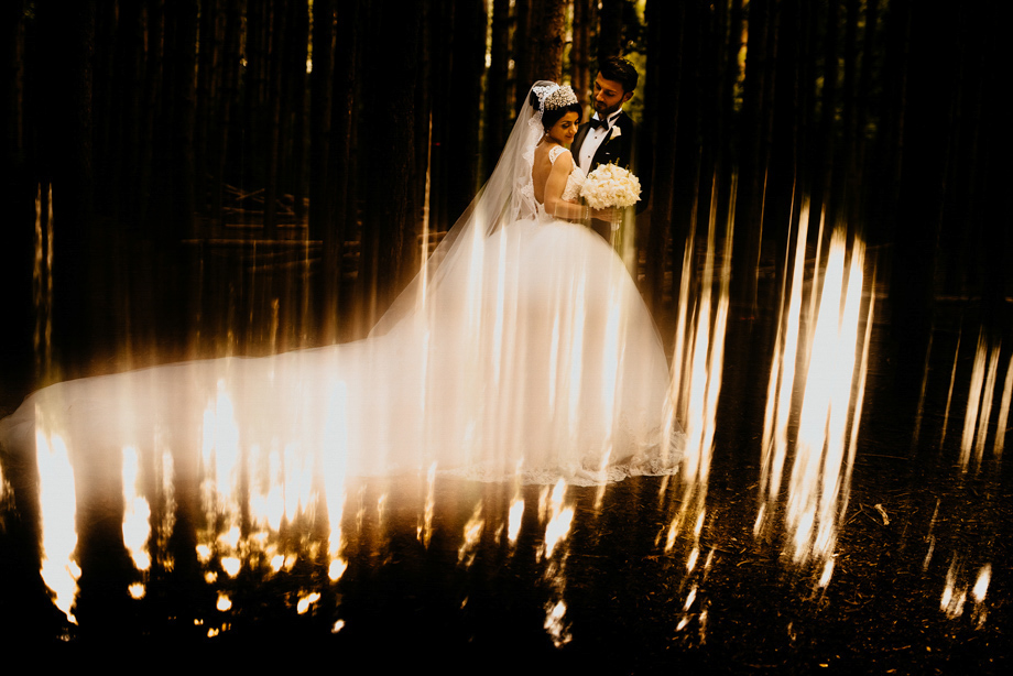Bride and Groom Portrait: 13-th Place by Cafa Liu (CAFAPHOTO)
