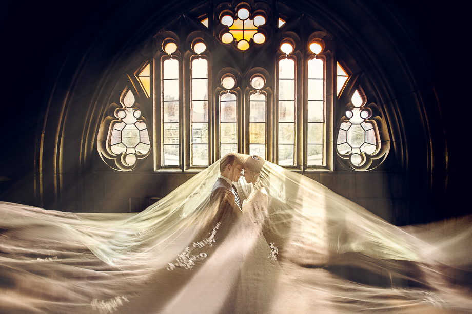 Bride and Groom Portrait: 3-rd Place by Polk Liang (Capso Studio - Polk Liang)