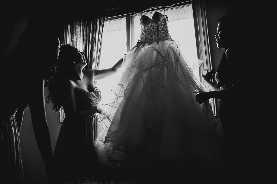 The Wedding Dress: 6-th Place by Andes Lo (Andes Lo Photographer)