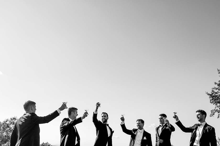 Bridal Party Portrait: 14-th Place by Betina Abrao (Betina Abrao Photo)