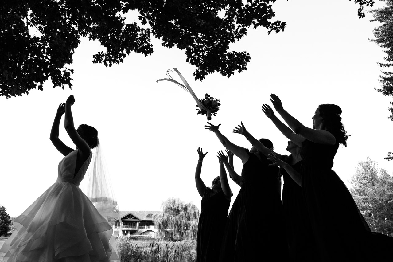 Movement and Motion: 12-th Place by Alexandre Paskanoi (Alt Wedding Studio)