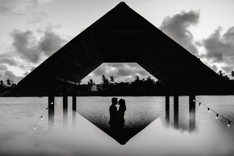 Bride and Groom Portrait: 2-nd Place by Geeshan Bandara (Geeshan Bandara Photography)