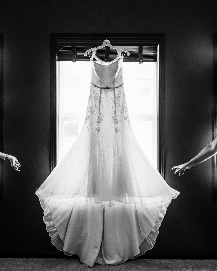 The Wedding Dress: 3-rd Place by Arjuna Kodisinghe (Light Delight Photography)