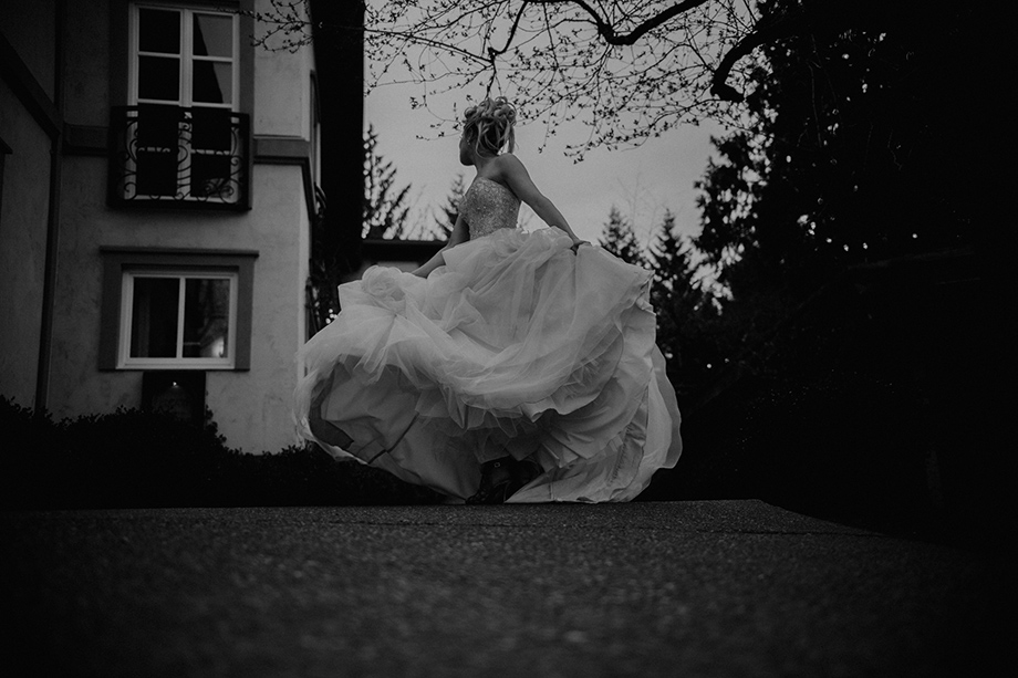 The Wedding Dress: 14-th Place by Lisa Paradis Lacey Peoples (Island Moments Photography)