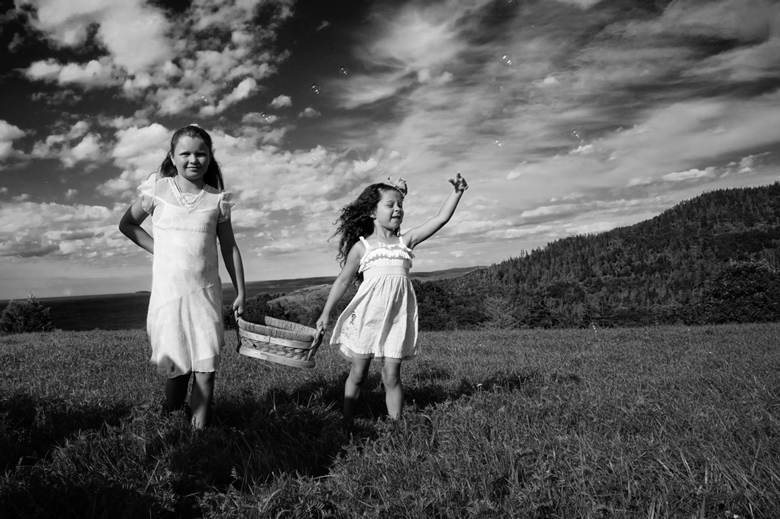 Kids Being Kids: 7-th Place by Eunice Montenegro (Eunice Montenegro Photography)