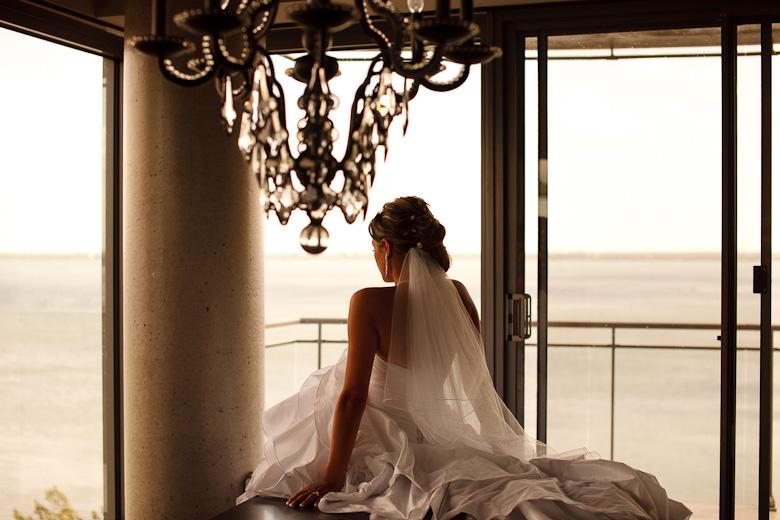 Bridal Portrait: 7-th Place by Jesse Bachmann (Bachmann Photography)