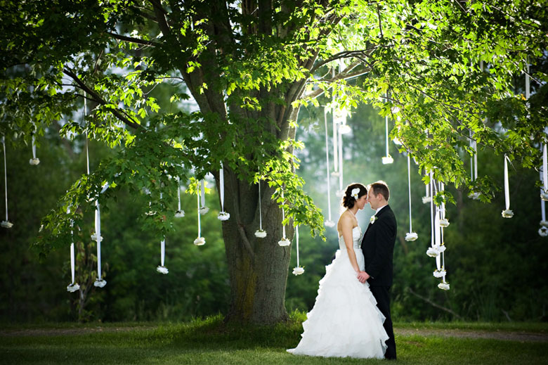 Bride and Groom Portrait: 1-st Place by Heather MacEachern (HRM Photography)