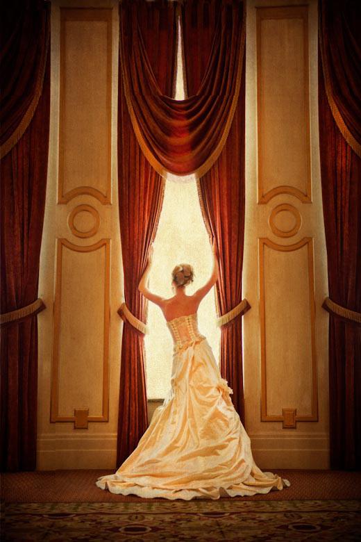 The Wedding Dress: 5-th Place by Maggie Habieda Nowakowski (Fotografia Boutique)