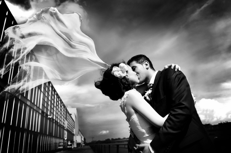 Bride and Groom Portrait: 8-th Place by Vera Varley  (LaVimage)