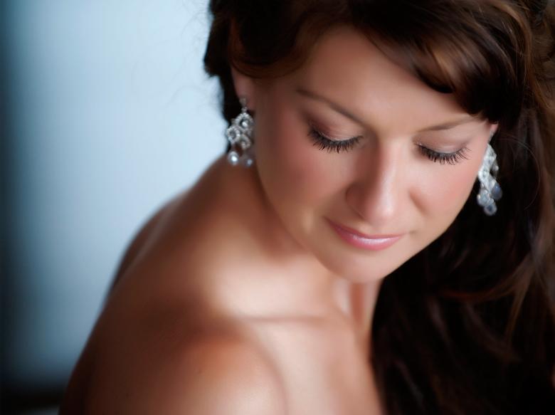 Bridal Portrait: 4-th Place by Karen McKinnon (McKinnon Photography)