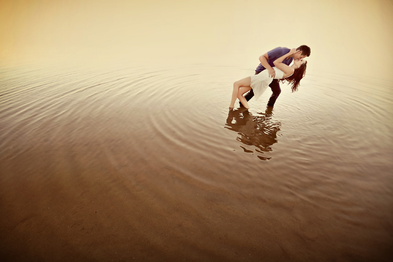Engagement Portrait: 6-th Place by Elaine + Kenneth Soong (Just Married Photography)