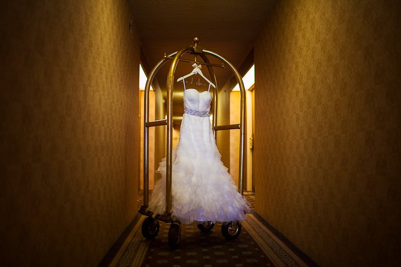 The Wedding Dress: 6-th Place by Kelly Redinger (Kelly Redinger | Photographer)