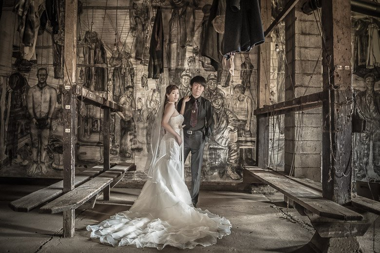 Bride and Groom Portrait: 4-th Place by Jackie Au (Jackie Au Photography)